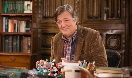 How Would Stephen Fry Fair as the New Dr. Who Replacement?