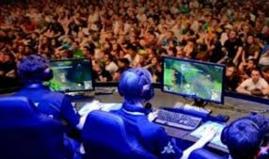 ESports Odds Rise as Growth Forecasts £1bn Revenue by 2020