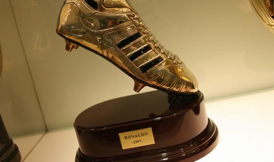 Harry Kane Improves Golden Shoe Odds With Everton Brace