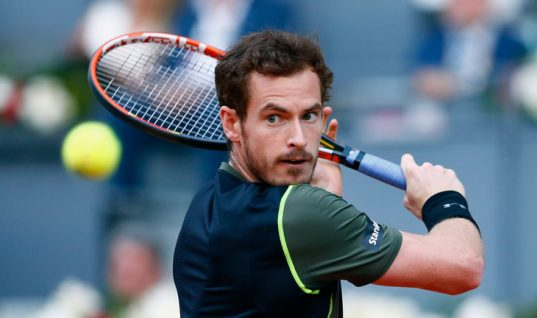 Andy Murray Grimaces In Wimbledon Practice as Odds Work Against Champion