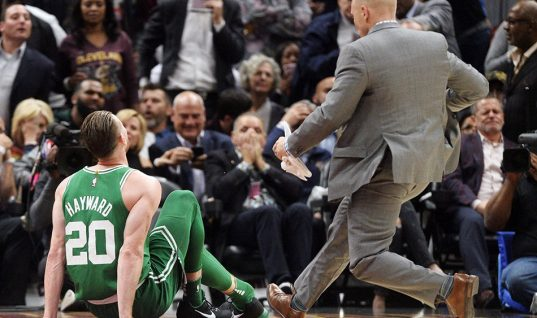 Bet365 NBA Odds: Boston Celtics Championships Chances Suffer After Gordon Hayward Ankle Fracture